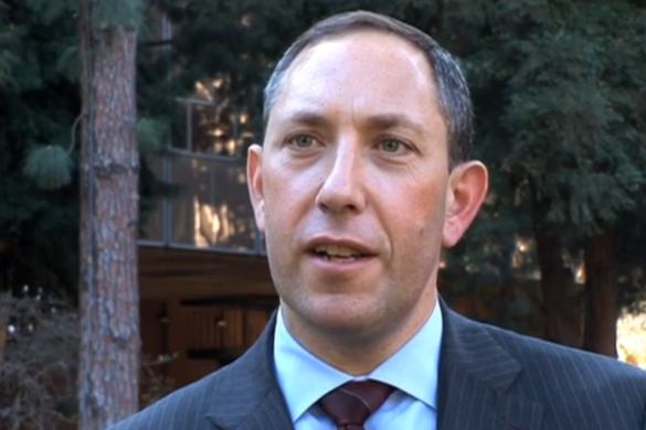 Mitchell Silber NYPD takes time to talk Terrorism in UCLA's Murphy Sculpture Gardens